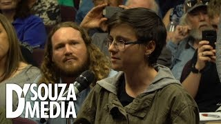 """D'Souza spars with student over """"white privilege"""""""