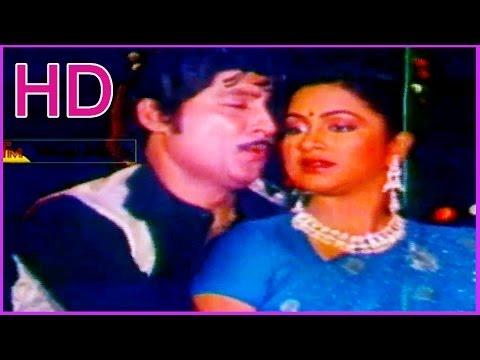 Idoo Prema Gopuram - Duet Song - In Bandham Telugu Movie - Sobhan Babu ,Radhika (HD)