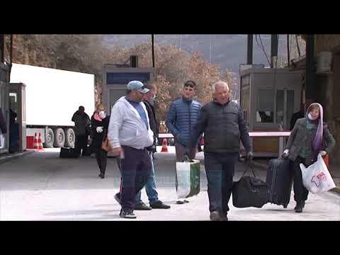 Bllokohen Emigrantet Ne Doganen E Kakavijes - News, Lajme - Vizion Plus
