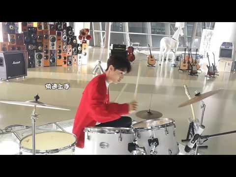 191212 ZHANG YIXING 张艺兴  — Studio Weibo