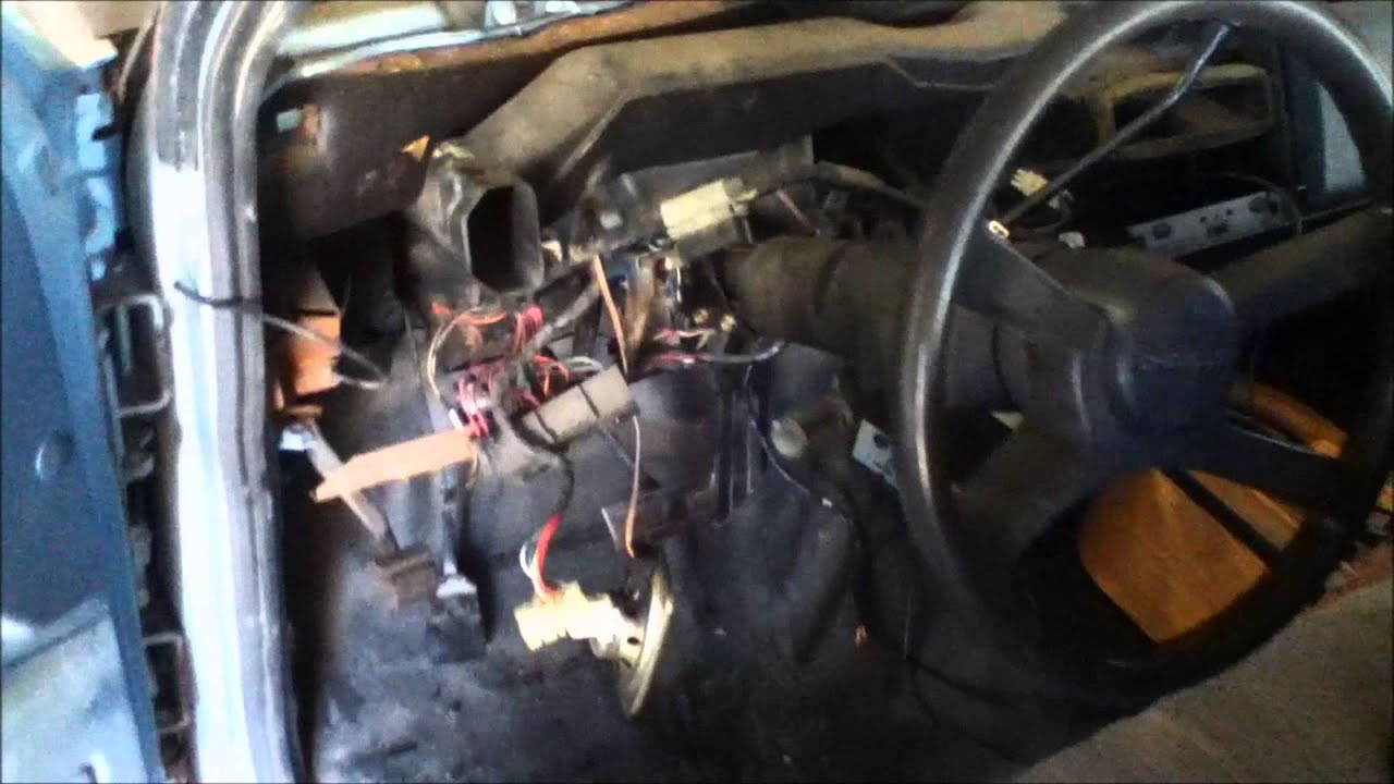 how to remove install a complete dashboard chevy gmc 1500 truck youtube [ 1920 x 1080 Pixel ]