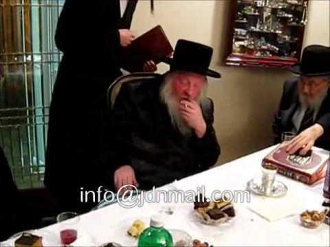 "Kabolas Ponim For Lelover Rebbe Mhr""YD Sivan 5773"