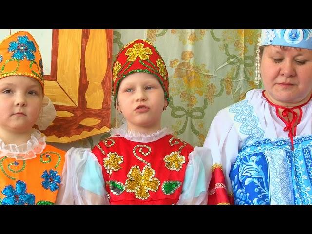 Изображение предпросмотра прочтения – ТатьянаДрягина читает произведение «Русские народные загадки, пословицы» (Русский фольклор )