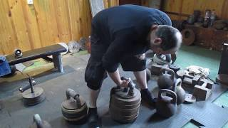 Гиря 120кг (диаметр дужки-57mm) на хват. Grip workout with the 120kg kettlebell (handle`s D-57mm)