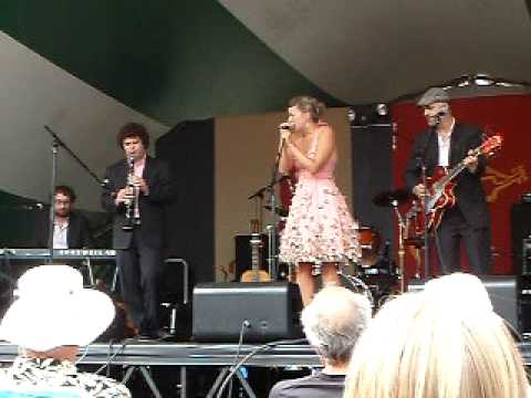 "Edmonton Folk Fest 2009 - Jill Barber - ""Oh My My"""