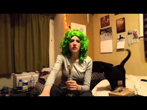 Super Weed Woman--  auto syrup  Samantha Stone smoke report