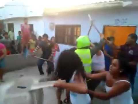 Briga na Favela com os Vizinhos kkk