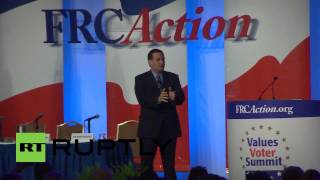 USA: Ted Cruz rails against