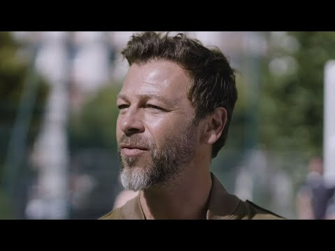 Christophe Maé - Les Gens (Clip officiel)