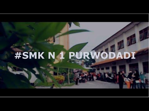 Kunjungan Industri  TKJ2  -  SMKN 1...