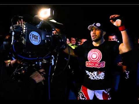 Pregador Luo - Vou Colher Sorrindo (Glover Teixeira's UFC Fight Night 28 Entrance song)
