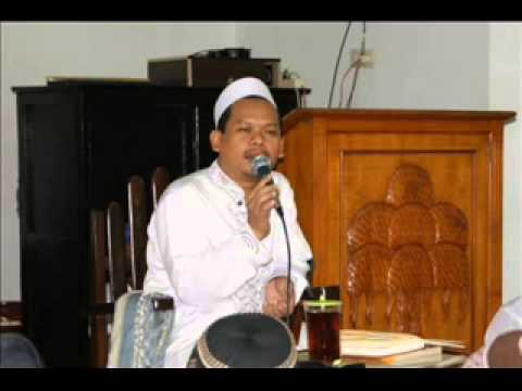 (18 oktober 2014) KH NUR HADI ATAU MBAH BOLONG LIVE LAPAS JOMBANG