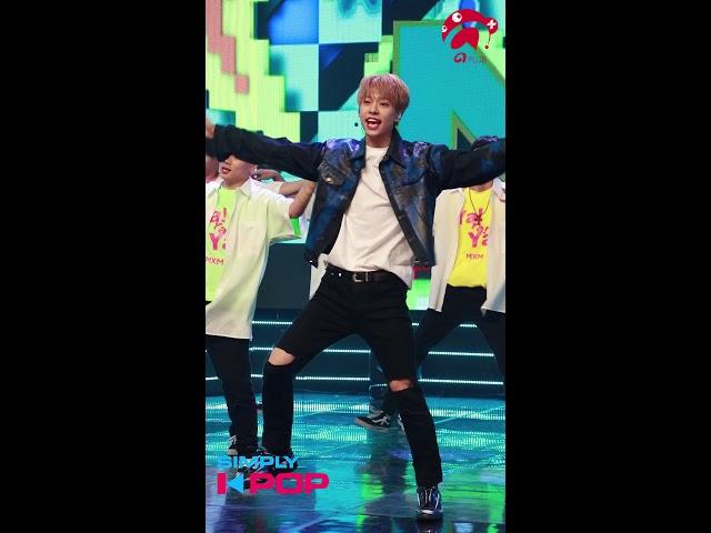 [Fancam/직캠] Kim Dong Hyun(김동현) _ MXM(엠엑스엠) _ Ya Ya Ya _ Simply K-Pop _ 081718