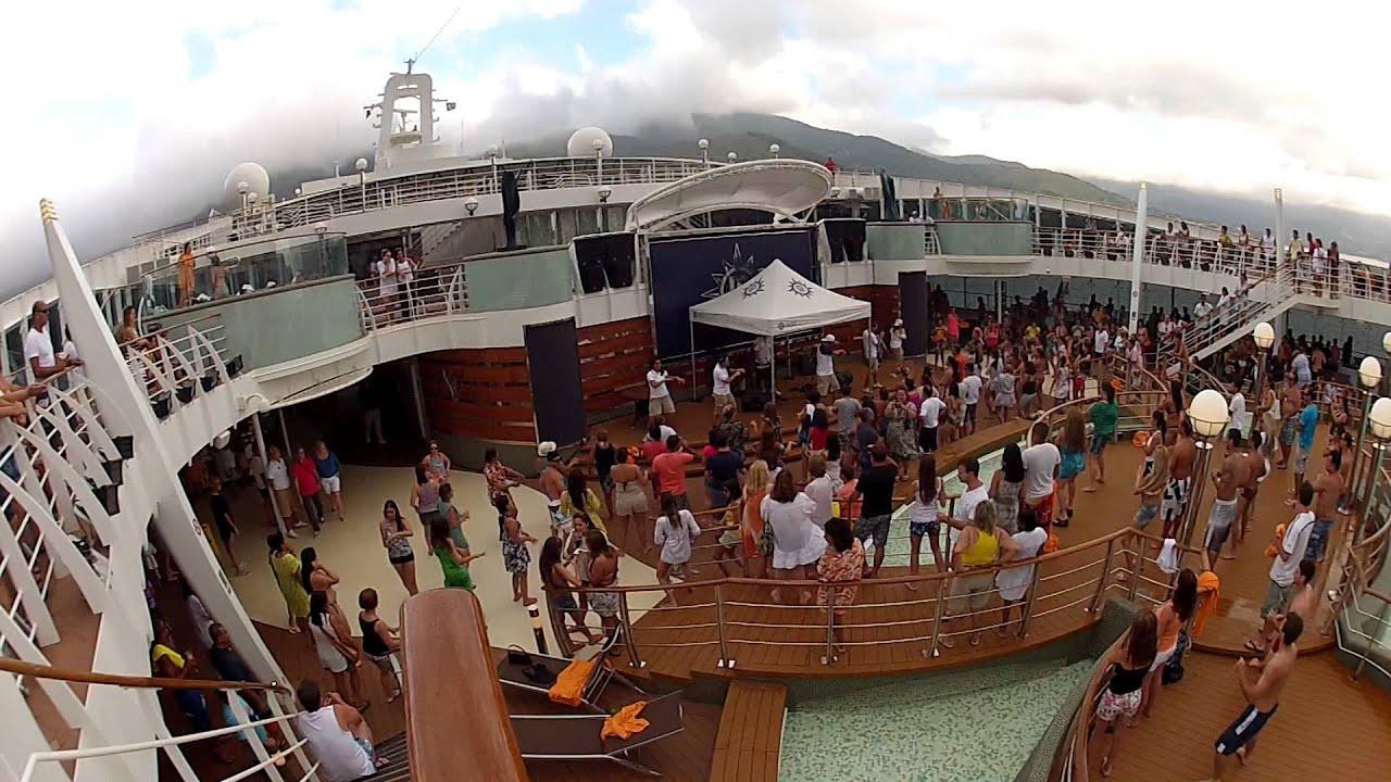 Msc preziosa festa na piscina pool party show das for Pool party show