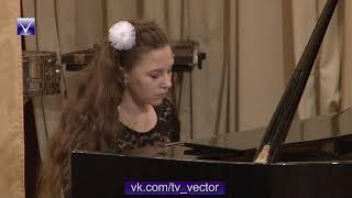 Звучащие картины концерт выставка в ДШИ 1 г Новополоцка
