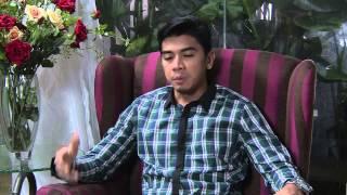 Download Video Suamiku Encik Sotong - Episod 8 - Iz Akan Bernikah Dengan Erica MP3 3GP MP4