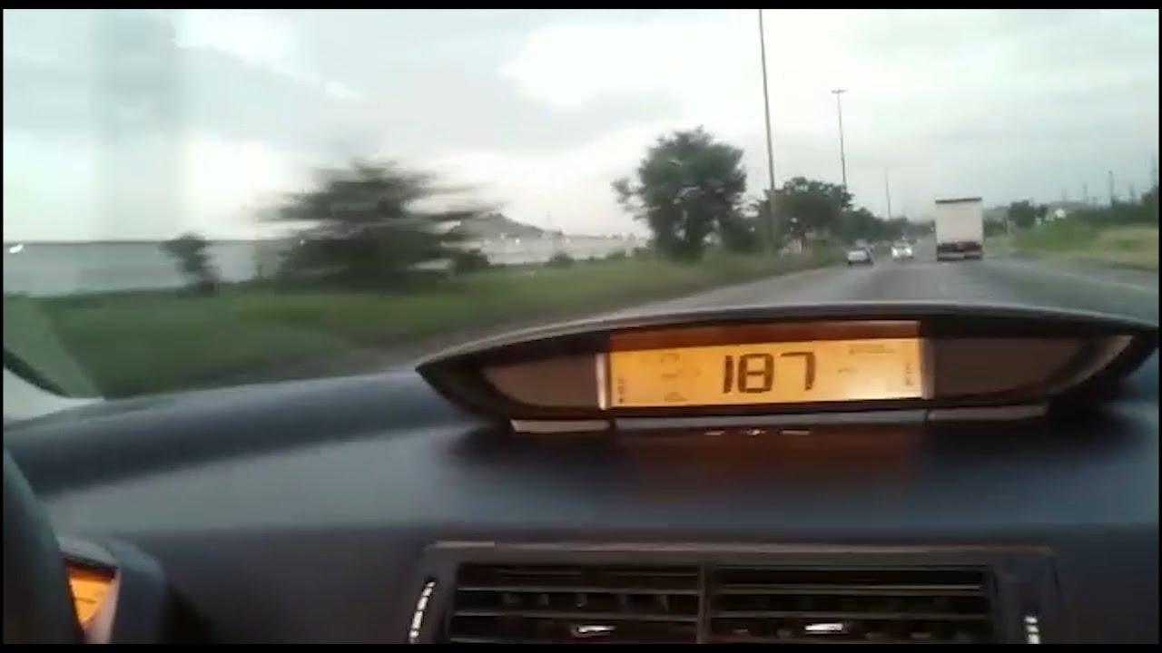 What To Do In A Car Accident >> Carro capota a mais de 190 km/h. Acidente Filmado de dentro do carro. Onboard car accident ...