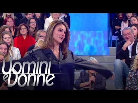 Uomini e Donne, Trono Classico - Il terzo test di Mariano: Comm' mammt t'ha fatt'