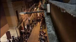 Pujada del Jesús Captiu per la Baixada de les Escaletes a Mataró
