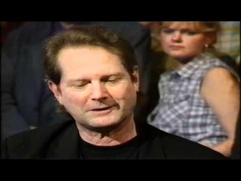Roger Mcguinn Interview on Jools Holland 1997