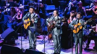 """Los Panchos """"Bésame mucho"""".  Con la Orquesta Filarmónica de Costa Rica"""