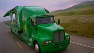 "BP Australia 1997 TV commercial - ""We keep you moving"""