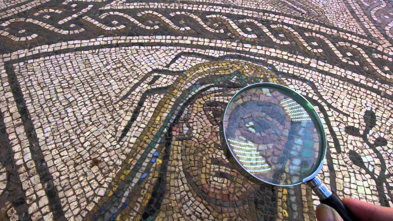 El mosaico de los amores fotograf a de alta resoluci n for El mural de mosaicos