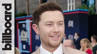 Scotty McCreery on New Single 'In Between' & Keeping His Life Grounded | ACM Awards