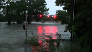 Boerne Flood 5-23-2015 River Road and Herff Road