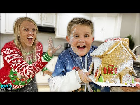 MAKING DIY YUMMY GINGERBREAD HOUSES Goes Wrong!