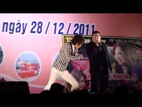 Noel 2011 - Châu Việt Cường song ca cùng Thần Tượng Hài khó đỡ Part 1