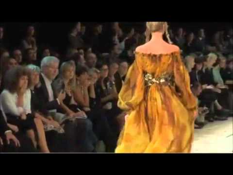 Lady Gaga - Fashion of his love Alexander McQueen Tribute