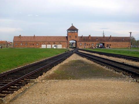Luděk Eliáš - Vzpomínky na holokaust Osvětim 2014