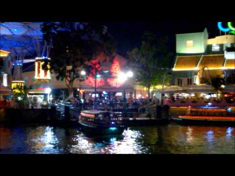Amazing Nightlife at Clarke Quay and Boat Quay - Singapore Holidays