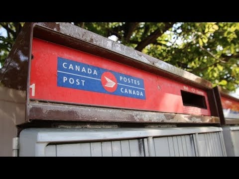 Clock Ticking For Canada Post, Union To Reach Pay Equity Agreement
