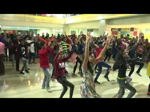 Jalgaon Flash Mob in the occasion of Christmas nd New Year Epic 5678
