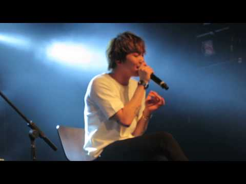 FT Island NYC concert 2015 - MC + Stay + Severely (Acoustic)