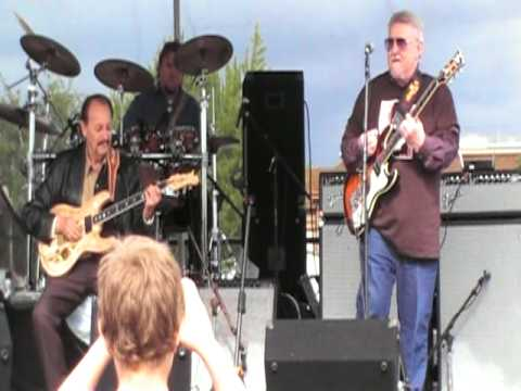 "Chris Meadors on drums, backing Don Wilson & Nokie Edwards of ""The Ventures"" at the Meeker Days Festival, 2009"