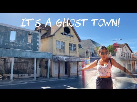 IT'S EMPTY HERE! Touring Nassau During a Pandemic - Episode 17