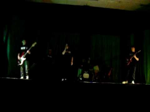 Meltdown - The Middle LIVE @ Variety Show 2010