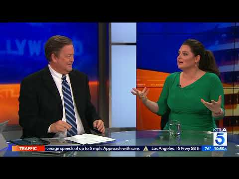 Lauren Ash Dishes on Her Khakis in