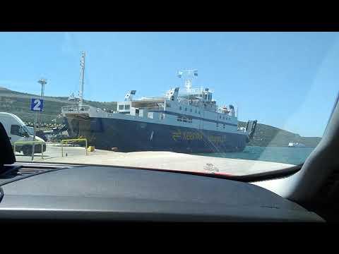 Как купить билет на паром в Игуменице на остров Корфу. Маленький обзор как загрузить авто и людей.
