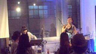沖縄を拠点に活動している「しゃかり」の1stアルバム1998年発売「...