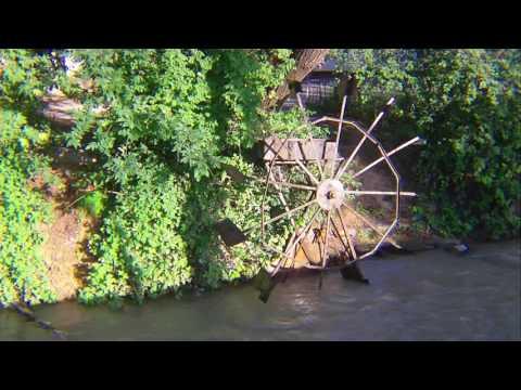 Водяное колесо в Душанбе