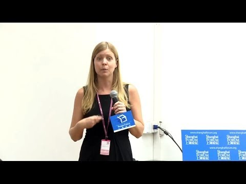 "[2013 Shanghai Forum] Lindsay Oldenski ""Outward Foreign Direct Investment by Chineses Firms"""
