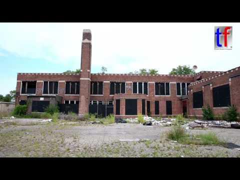 Detroit's Forgotten Beauties: Alexander Macomb School, Evanston & Harrell St, 08/09/2016.