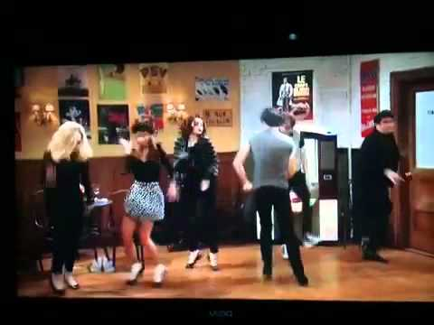 SNL Emma Stone French Dancing