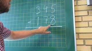 Lær plus, minus og minus med tier-overgang