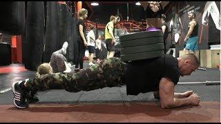 12 силовых упражнений на пресс.