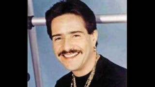 Watch Frankie Ruiz Ironia video